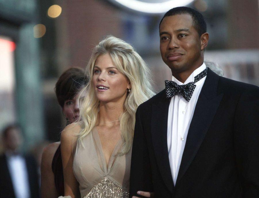 Tiger Woods et sa fiancée Elin, au début de leur relation, en avril 2004.