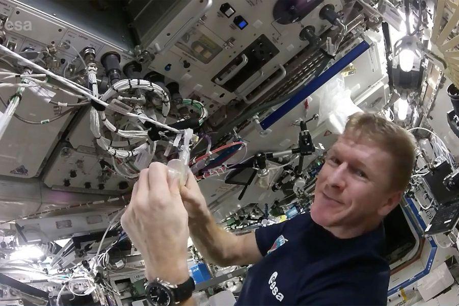 Tim Peake, papa astronaute dans l'espace