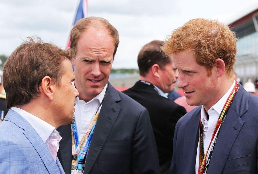 Alors que son frère a opté pour la finale de Wimbledon, dimanche, Harry a préféré la Formule 1, rejoignant le circuit de Silverstone où s'est déroulé le Grand Prix d'Angleterre.