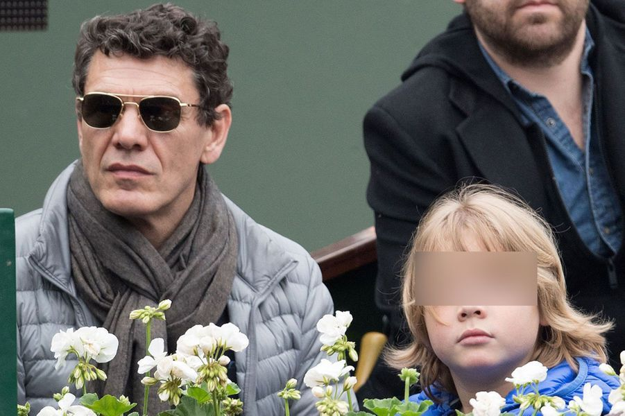 Marc Lavoine et son fils à Roland-Garros