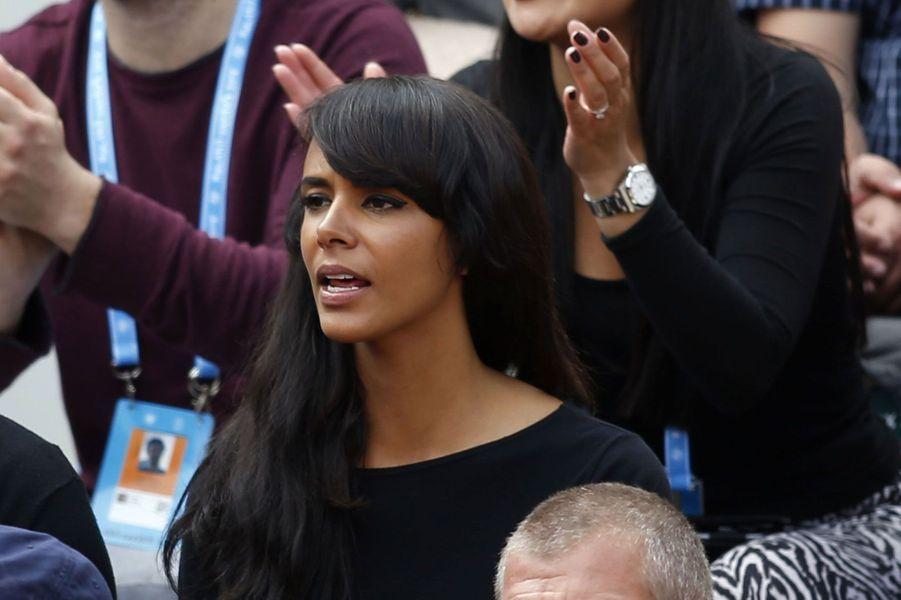Shy'm supporte Benoit Paire dans les tribunes de Roland-Garros 2016
