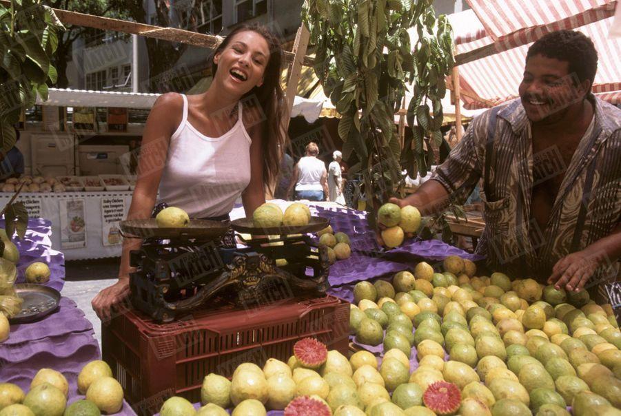 Vanessa Demouy à Rio, lors de son premier rendez-vous photo avec Paris Match, en février 1995.