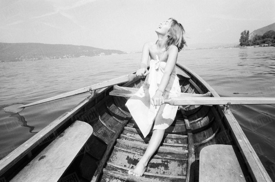 Véronique Jannot sur le lac d'Annecy, en août 1979.