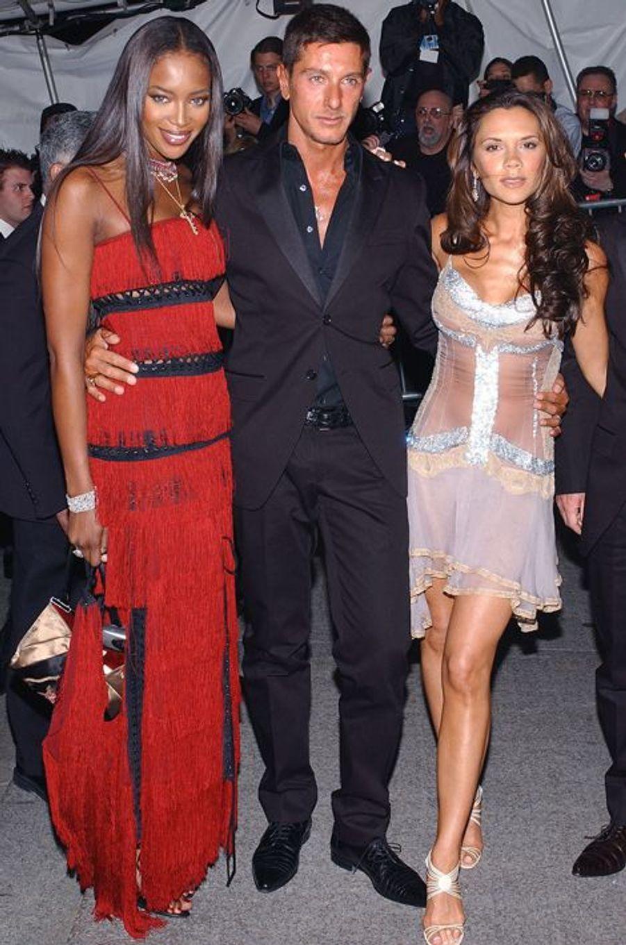 Avec Naomi Campbell et Stefano Gabanna, en 2003