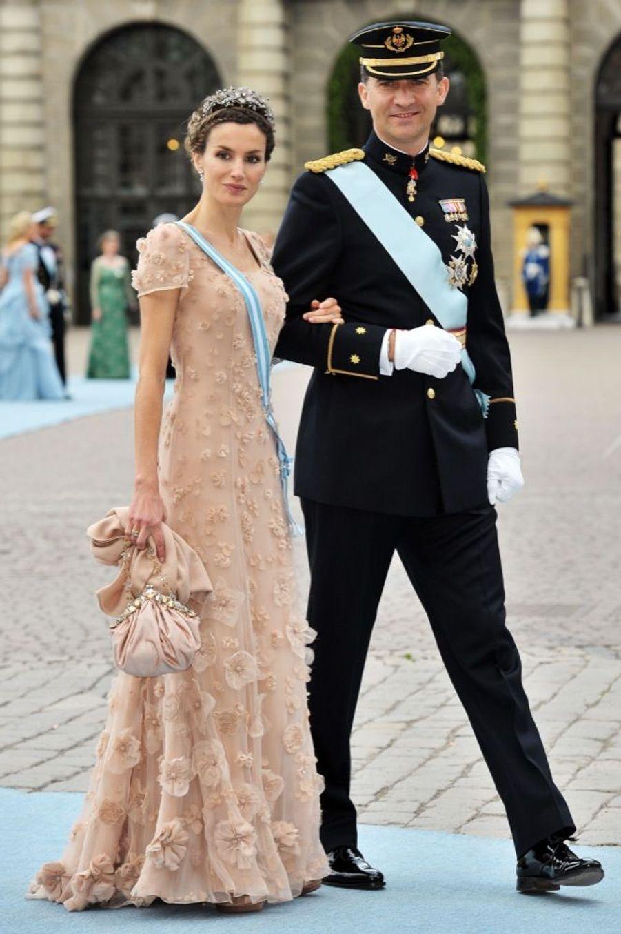 Letizia et Felipe d'Espagne aumariage de la princesse Victoria de Suède et de Daniel Westling, samedi 19 juin 2010 au palais royal de Stockholm.