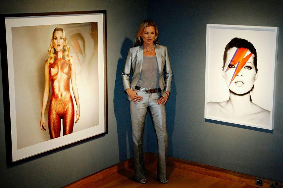 De Kate à Heidi en passant par Gisele et Bar, les top models sont parmi les femmes les mieux habillées de la planète. Chouchoutée par les designers, elles mettent en valeur des créations que nul autre oserait porter. Votez pour le mannequin le mieux habillé de l'année, en attribuant 1 à 5 étoiles.