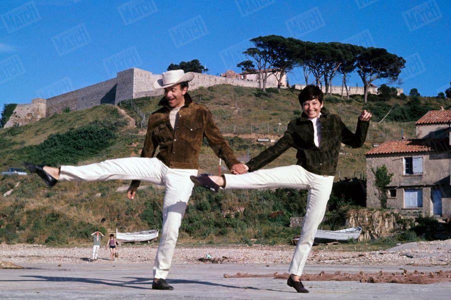 Zizi Jeanmaire et Roland Petit à Saint-Tropez, été 1964.