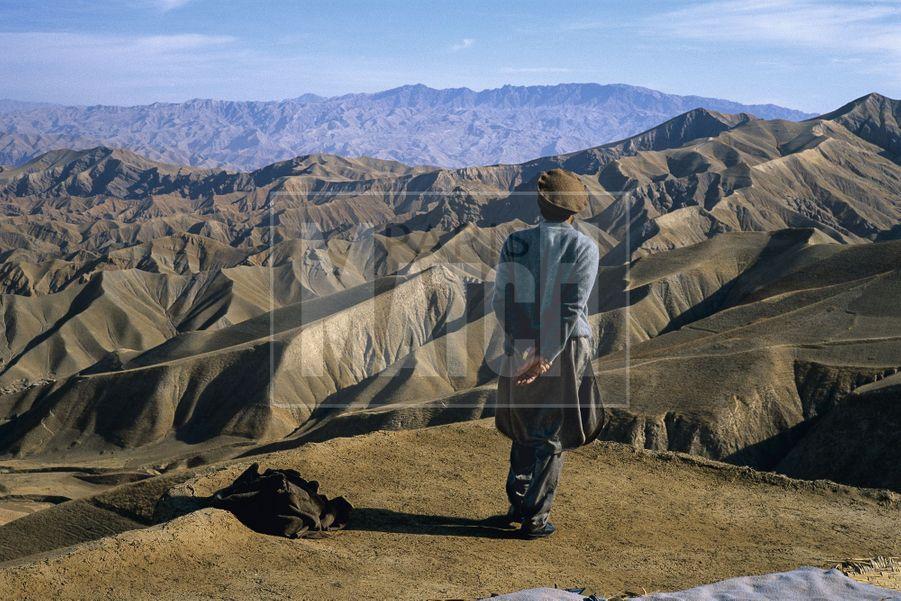 Pascal Maitre: le CommandantMassoudde dos, Afghanistan 1998