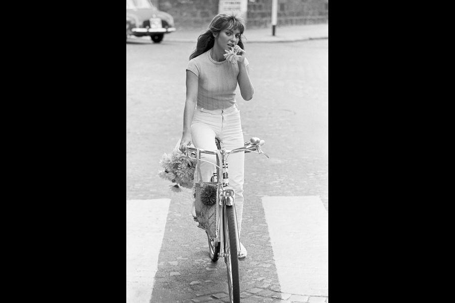 Portrait de l'actrice Marie-France Pisier. Paris, France. Août 1966.