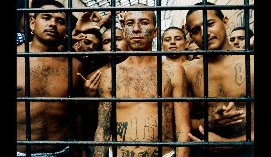 El Salvador - 28/29 juin 2004. Centre pénitencier de Chalatenango comprenant 540 individus appartenant uniquement à la mara 18.