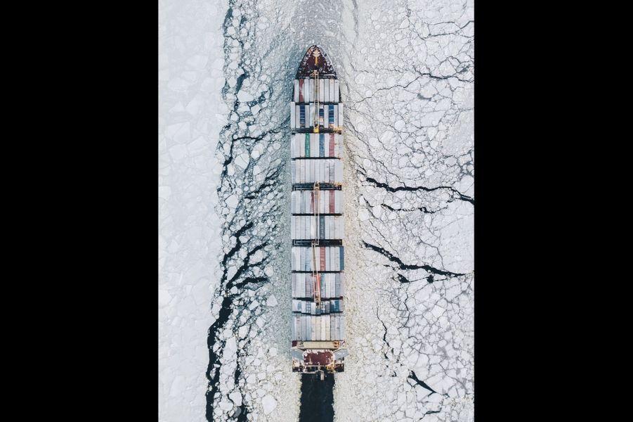 Navire dans le Golfe de Finlande.
