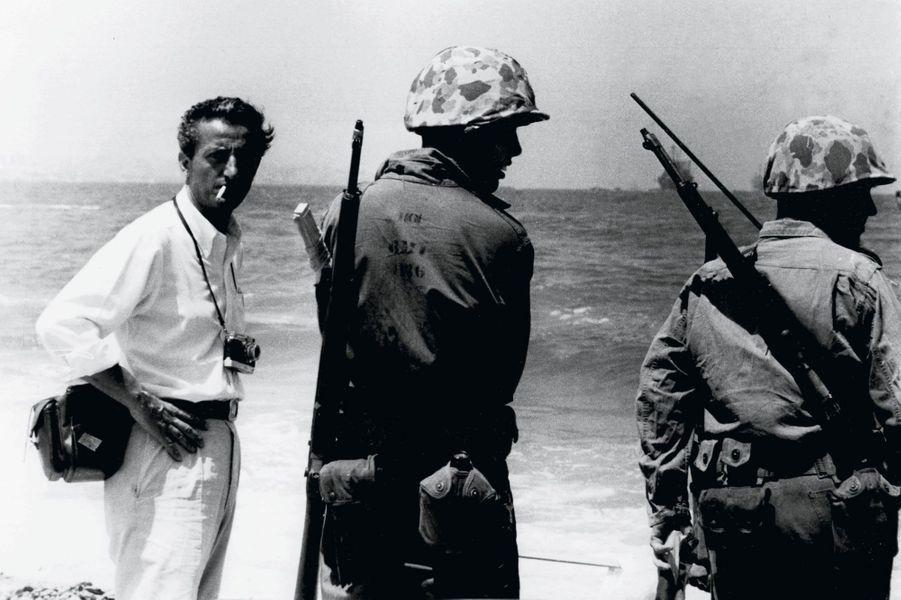 Avec les marines américains débarqués au Liban durant la crise de l'été 1958.