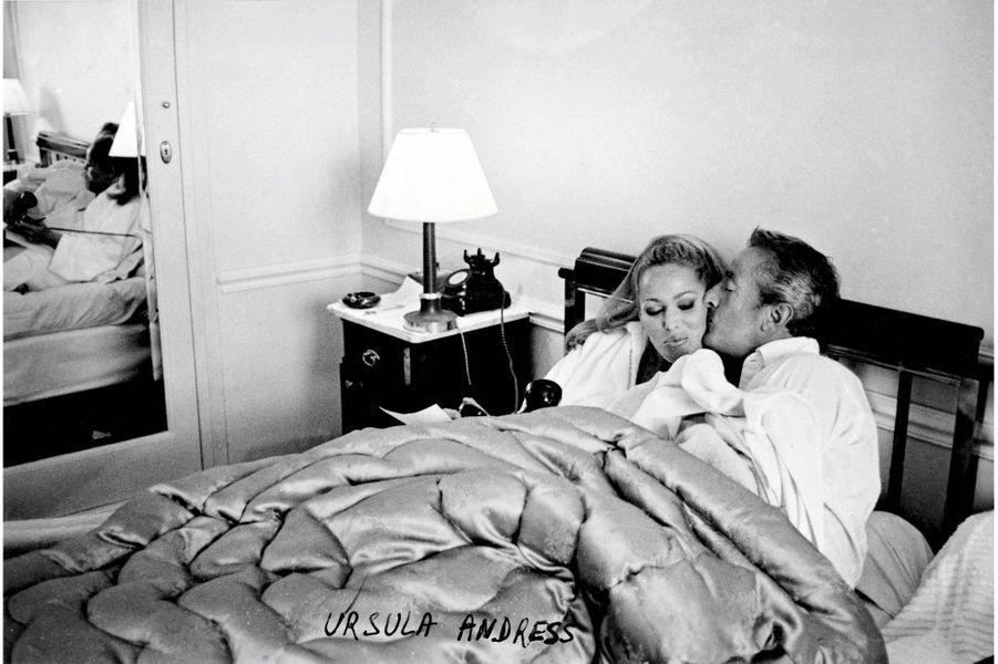 Festival de Cannes 1965. « Photo-gag » avec Ursula Andress.
