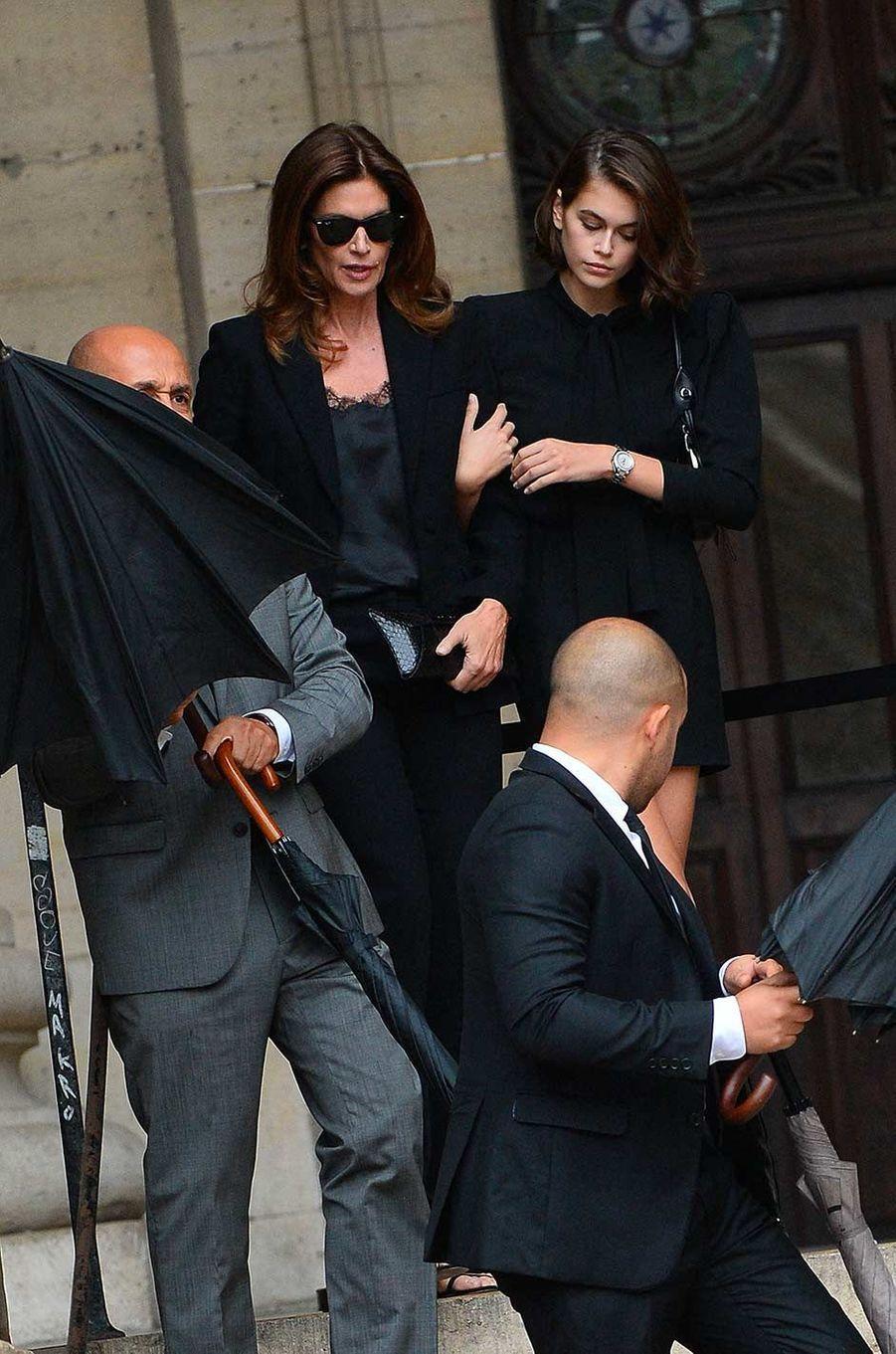 Cindy Crawford et Kaia Gerberaux obsèques de Peter Lindbergh, à Paris, le 24 septembre 2019.