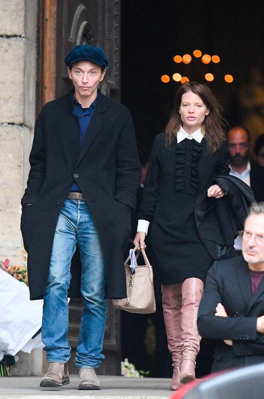Raphaël et Mélanie Thierryaux obsèques de Peter Lindbergh, à Paris, le 24 septembre 2019.