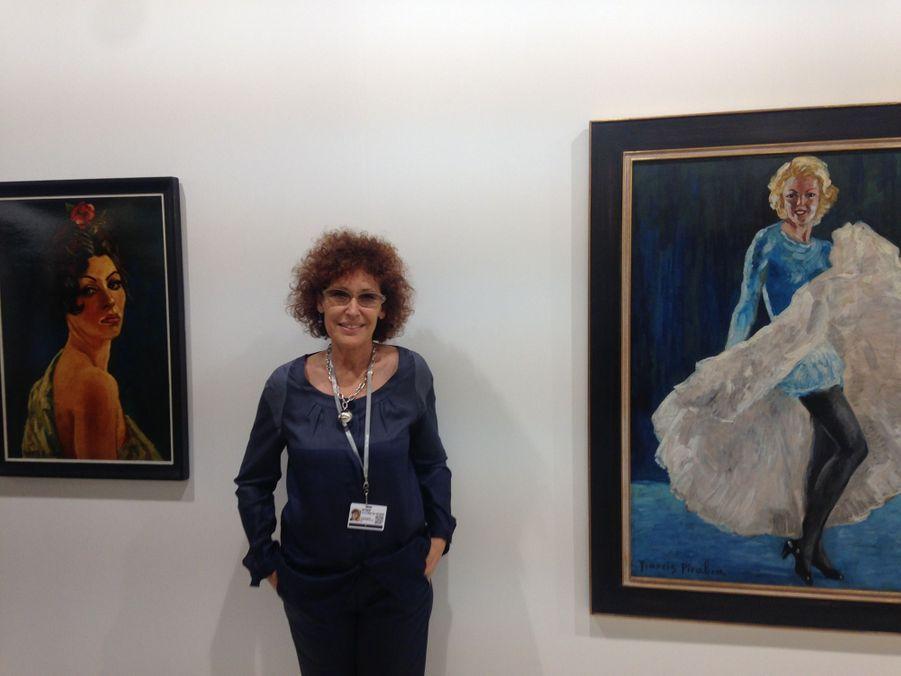 La galeriste Nathalie Seroussi entre deux Picabia