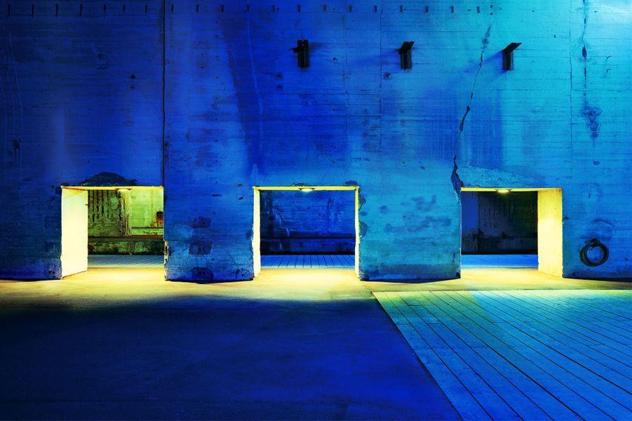 Les trois portes – Collection Eurazéo, Paris ©Christophe Dugied.Lauréat 2012 – «Lumières et perspectives»