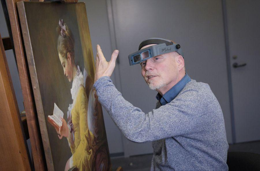 """Michael Swicklik, détective de l'enquête sur le vrai visage de """"La Liseuse"""" de Fragonard"""