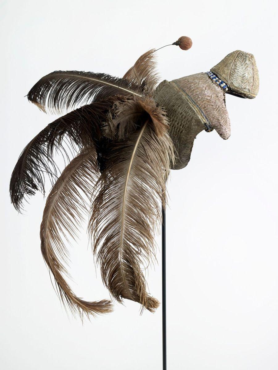 Coiffe amovible d'homme, emedot ou etimat Seconde moitié du 20e siècle Afrique, nord-est de l'Ouganda, population karamojong.