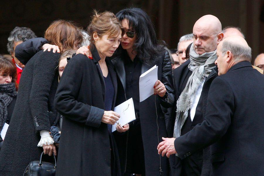 Jane Birkin consolée par Yamina Benguigui