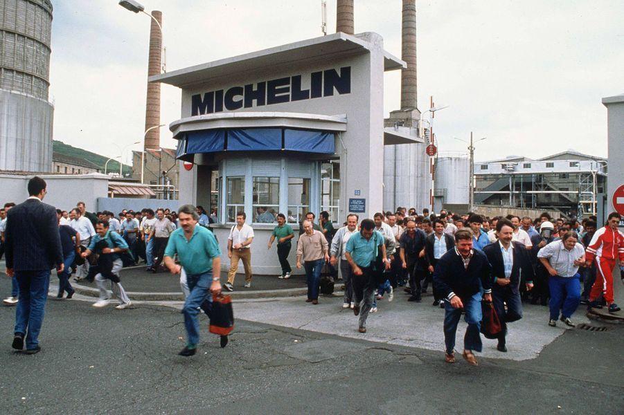 Sortie des usines Michelin, en 1990