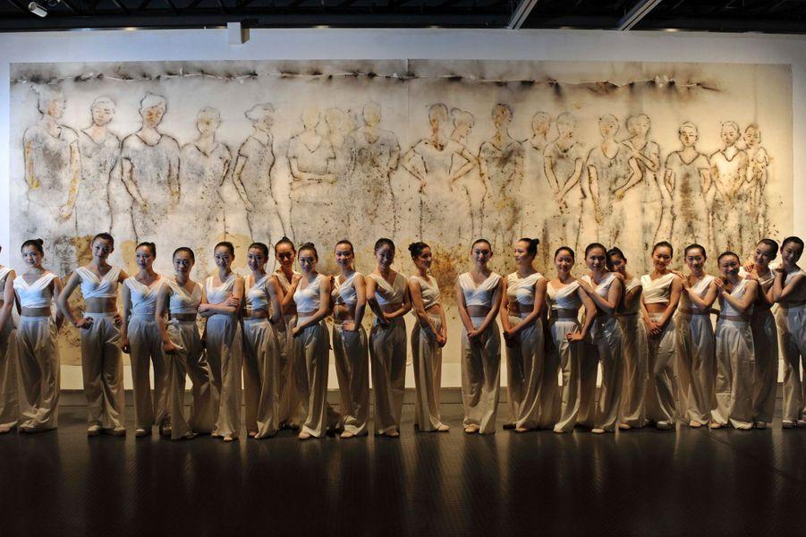 La troupe de l'opéra de Zhejiang immortalisée par la poudre