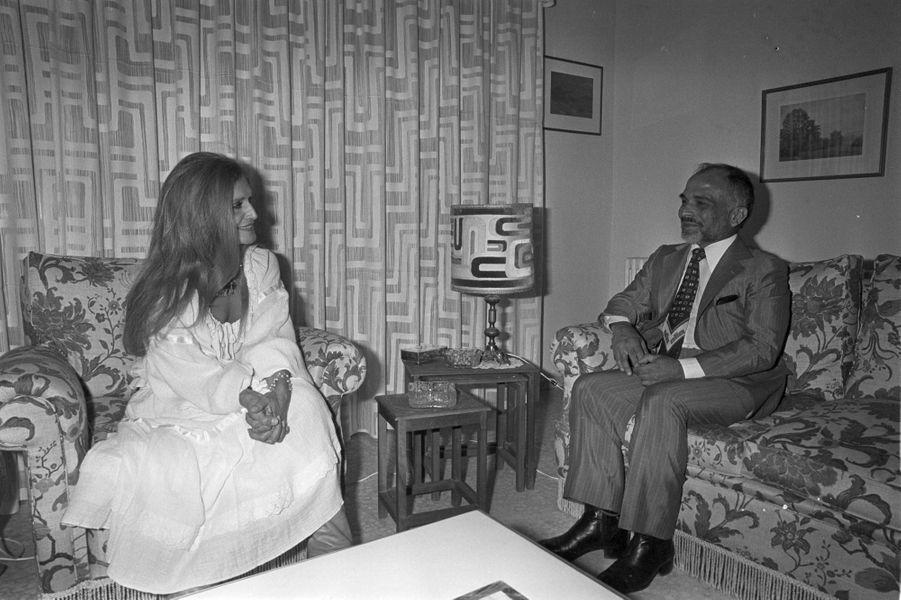 Dalida en tournée en Jordanie La chanteuse reçue en audience privée à Amman par le roi Hussein