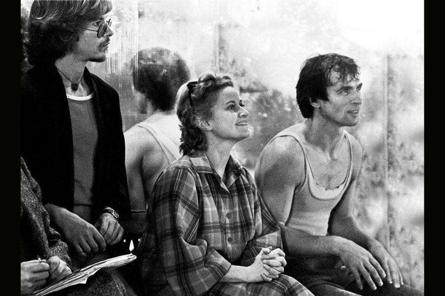 Rudolf Noureev lors d'une répétition de Manfred à l'Opéra de Paris, à sa droite Violette Verdy, 1979.