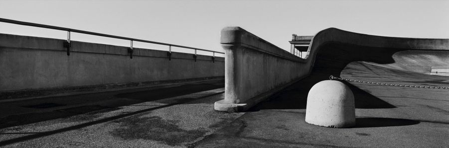 JOSEF KOUDELKA ITALY, TURIN, THE LINGOTTO ROOFTOP TEST TRACK (FIAT), 2004