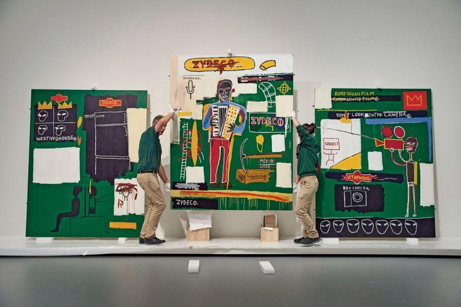 Le 26 septembre. Accrochage de l'exposition Basquiat dans le palais « nuage » Louis Vuitton au bois de Boulogne. Du 3 octobre au 14 janvier 2019.
