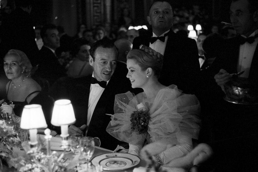 Soirée de gala de l'opéra de Nice - David Niven & Grace de Monaco