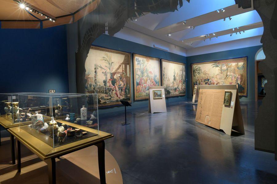 """Exposition """"Une des provinces du Rococo. La Chine rêvée de François Boucher"""", au musée des Beaux-Arts et d'Archéologie de Besançon. Deuxième salle de l'exposition"""