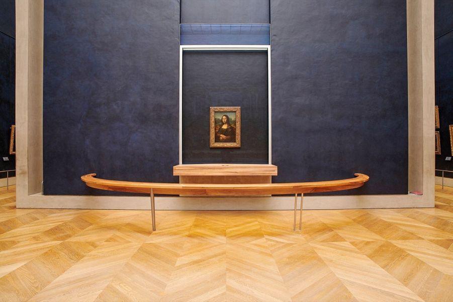 La « Joconde » de Léonard de Vinci (vers 1503), le tableau le plus célèbre du monde, visible sans la foule de visiteurs qui la masque habituellement.