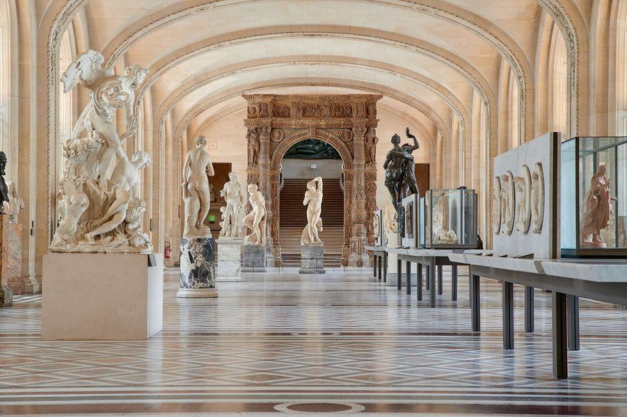 La galerie Michel-Ange et les sculptures de la Renaissance.