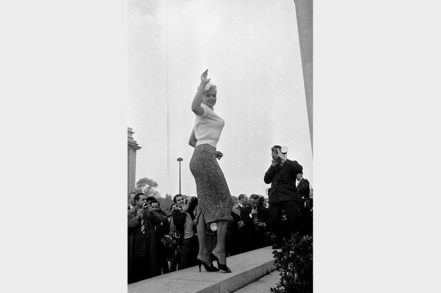 Jayne Mansfield à Paris en 1957