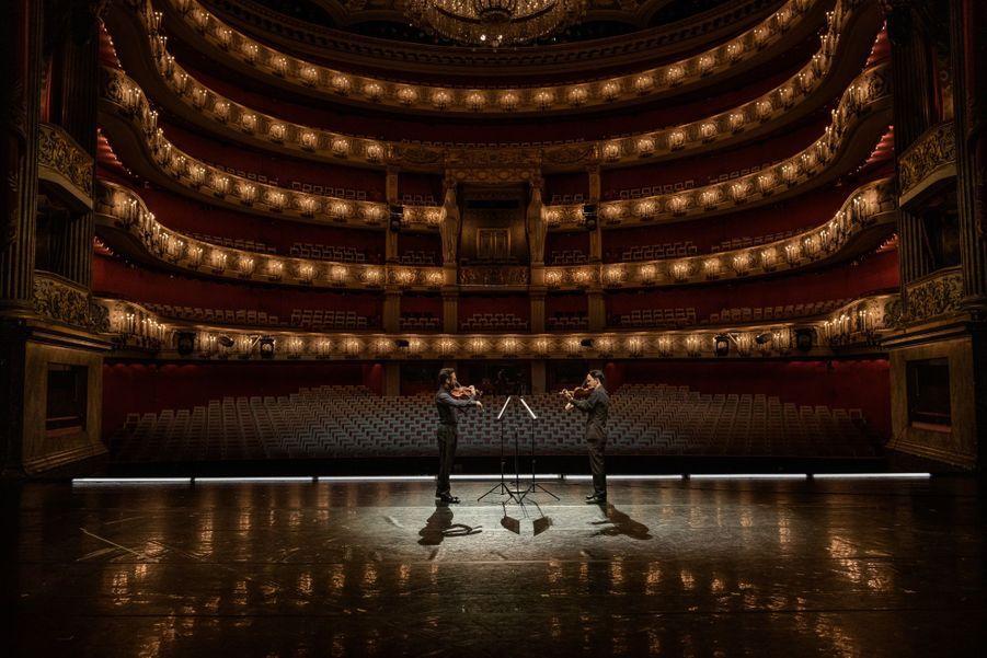 A l'opéra de Munich, un concert diffusé en direct pour soutenir le combat contre le coronavirus.