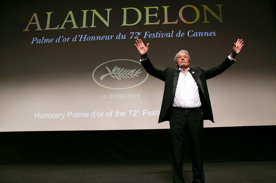 Alain Delon lors du 72e Festival de Cannes.