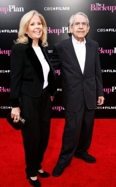 Tom Bosey, qui interprète Arthur dans le film, accompagné de sa femme.