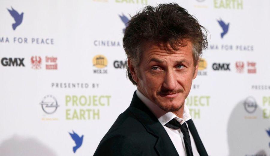 L'acteur a fait le déplacement jusqu'à Berlin pour la soirée «Cinema for Peace».
