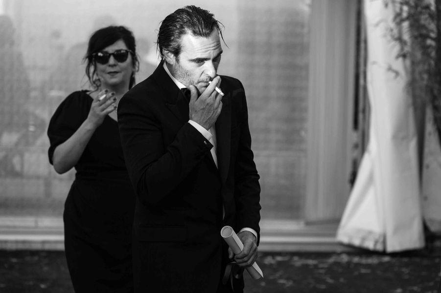 Joaquin Phoenix vient de recevoir son prix d'interprétation masculine lors du 70e Festival de Cannes.