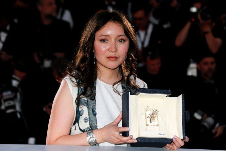 Prix d'interprétation féminine :Samal Yeslyamova pour «Ayka»
