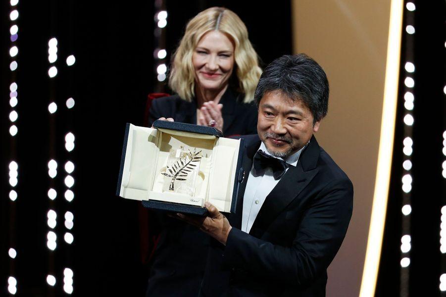 """Hirokazu Kore-Eda, palme d'or pour """"Une affaire de famille"""""""