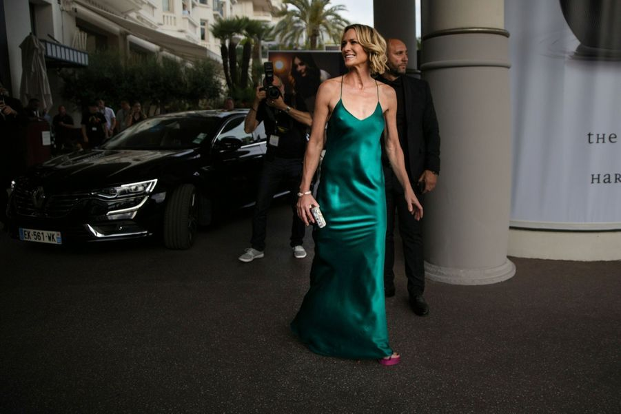 Robin Wright à l'hôtel Martinez, le 17 mai. La star de « House of Cards » annonce qu'elle rêve de voir Michelle Obama à la Maison-Blanche.