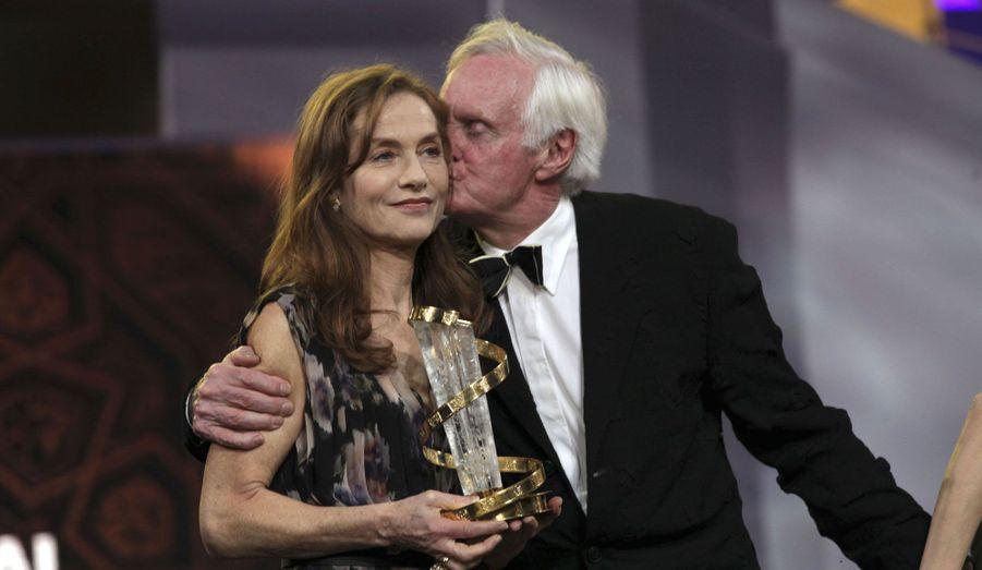 L'actrice française a reçu un prix d'honneur pour l'ensemble de sa carrière des mains du président du jury, le réalisateur John Boorman.