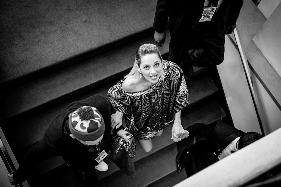 Marion Cotillard, en robe Halpern et bijoux Chopard, a présenté le César d'honneur de son amie Penélope Cruz.