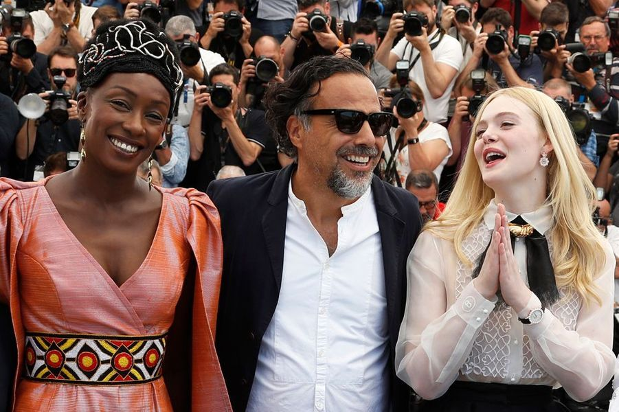 Maïmouna Ndiaye, Elle Fanning et Alejandro Gonzalez Inarritu
