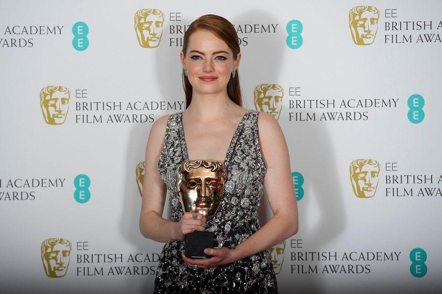 Emma Stone, meilleure actrice lors de la cérémonie des Baftas.