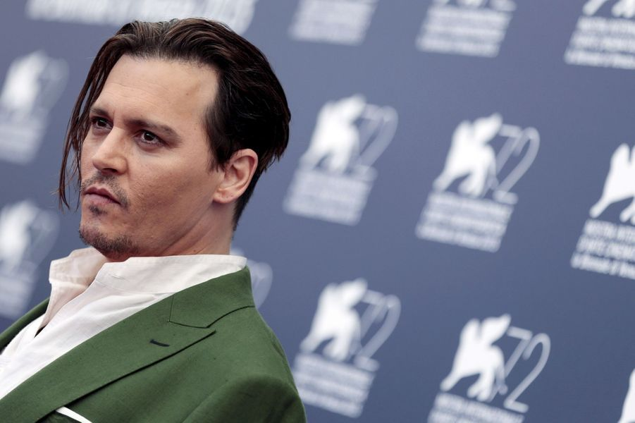 Vendredi 4 septembre : Johnny Depp arrive à la 72ème édition du festival international du film de Venise.