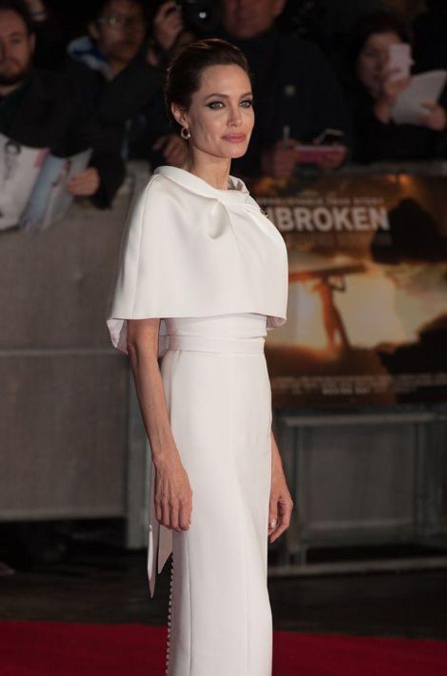 Angelina Jolie à Londres le 25 novembre 2014