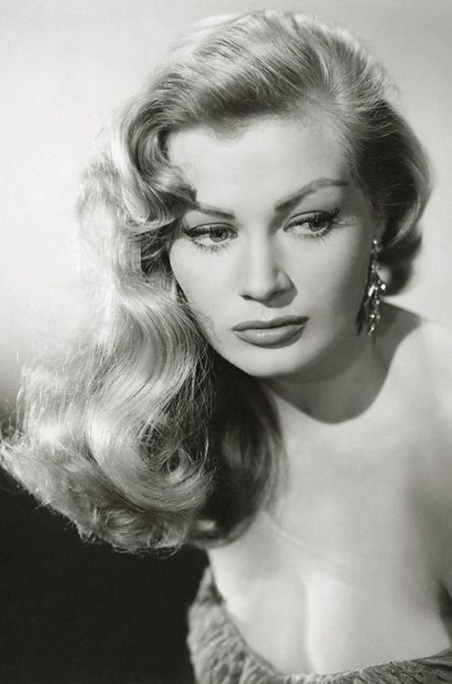 Anita Ekberg, en 1960